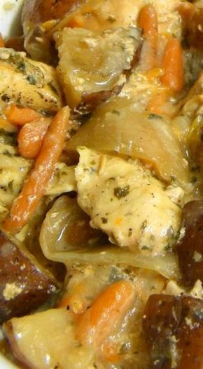 Rustic Chicken Slow Cooker Stew (With images)   Chicken slow cooker recipes, Slow cooker stew ...