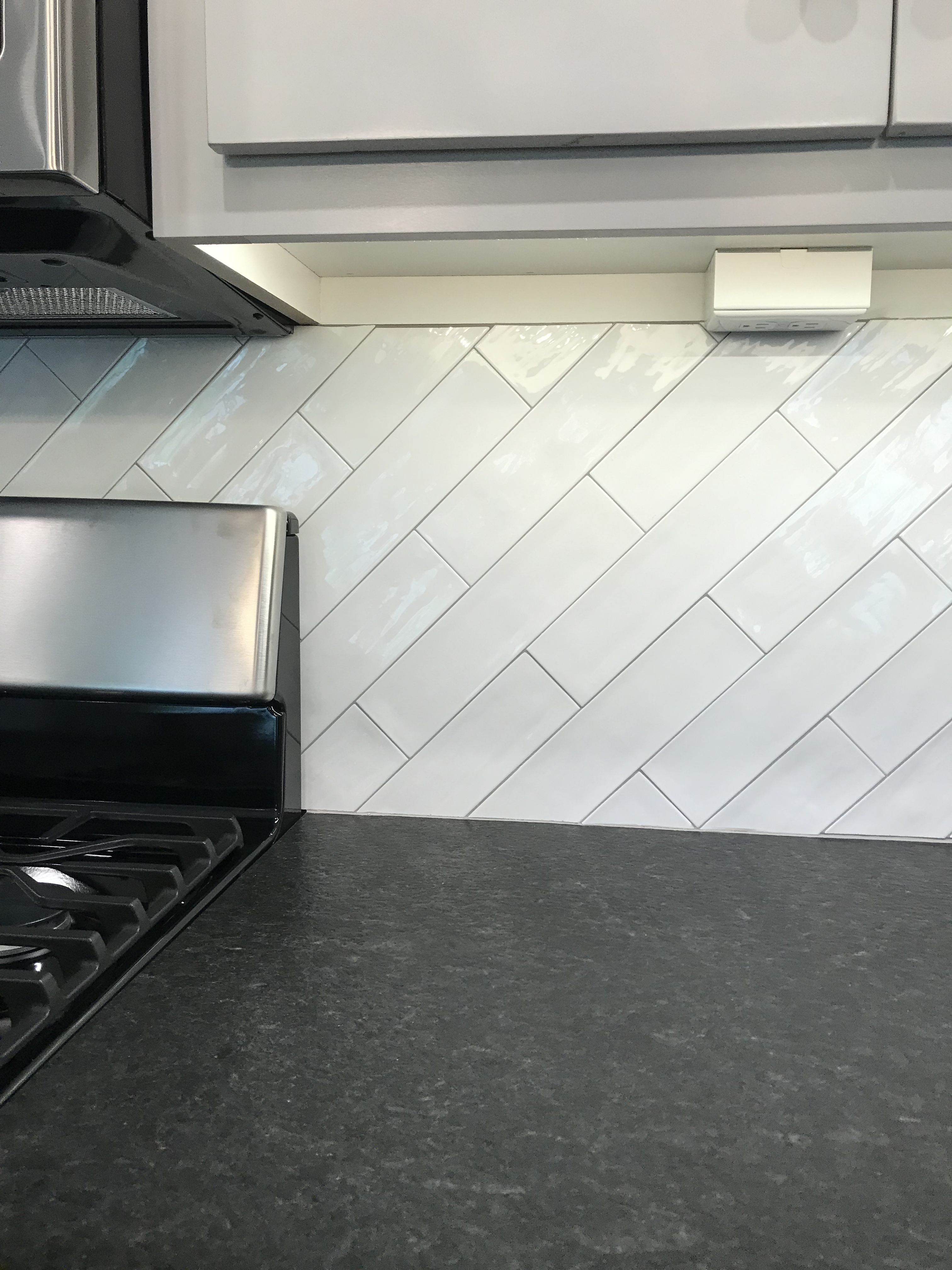 Diagonal Tile Backsplash Tile Backsplash Tile Layout Patterned Kitchen Tiles