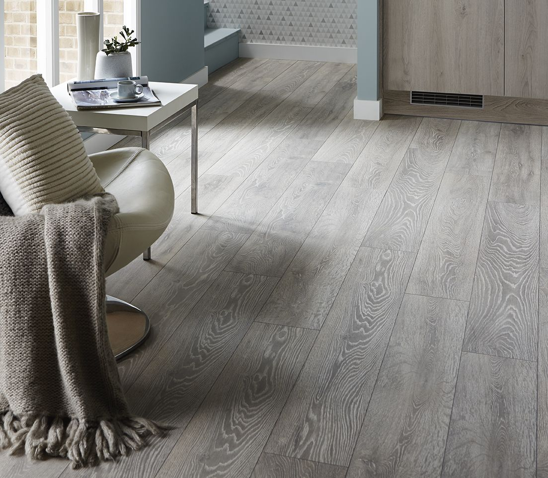 Howdens The Uk S Number 1 Trade Kitchen Supplier Kitchen Flooring Vinyl Flooring Kitchen Flooring