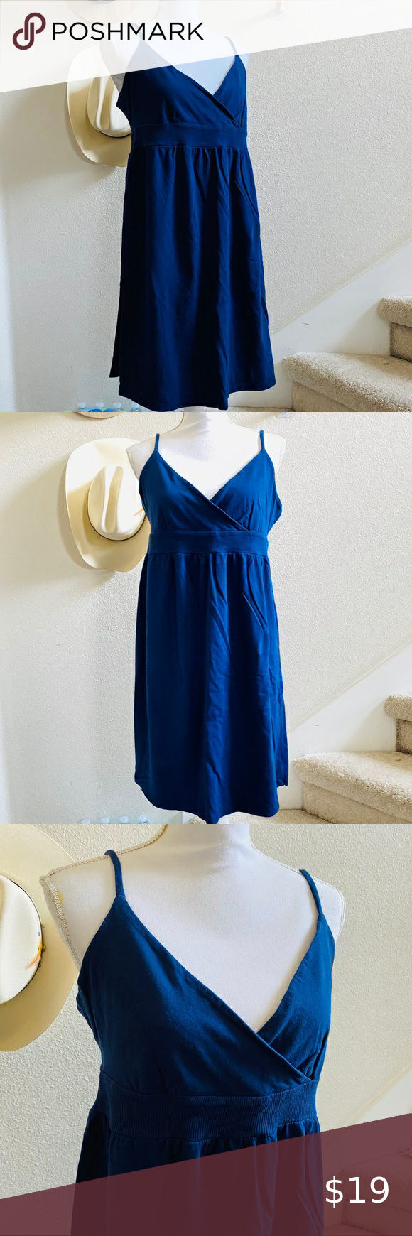 OLD NAVY cotton knit navy dress beach spring break Size large cotton knit adjustable straps cross front no flaws hits at or above knee Old Navy Dresses