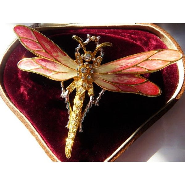 Nolan Miller dragonfly pin brooch Glamour Collection signed rare (£57) ❤ liked on Polyvore featuring jewelry, brooches, dragonfly jewelry, nolan miller jewelry, pin brooch, dragonfly pin jewelry and nolan miller