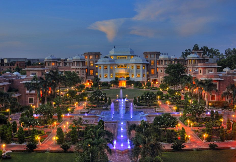 Wyndham Grand Agra Agra India Visit Our Page Www Tourplan2india Com And Get Your Tra Best Honeymoon Destinations Destination Wedding Budget Romantic Places