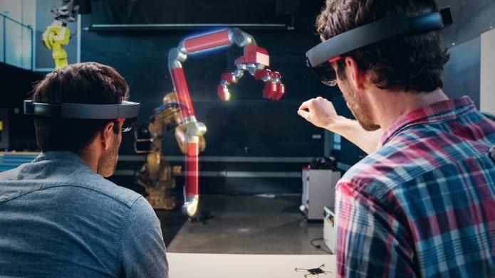 Hololens doch eher für B2B geeignet? Microsoft kooperiert bei HoloLens nun auch mit Autodesk | heise online