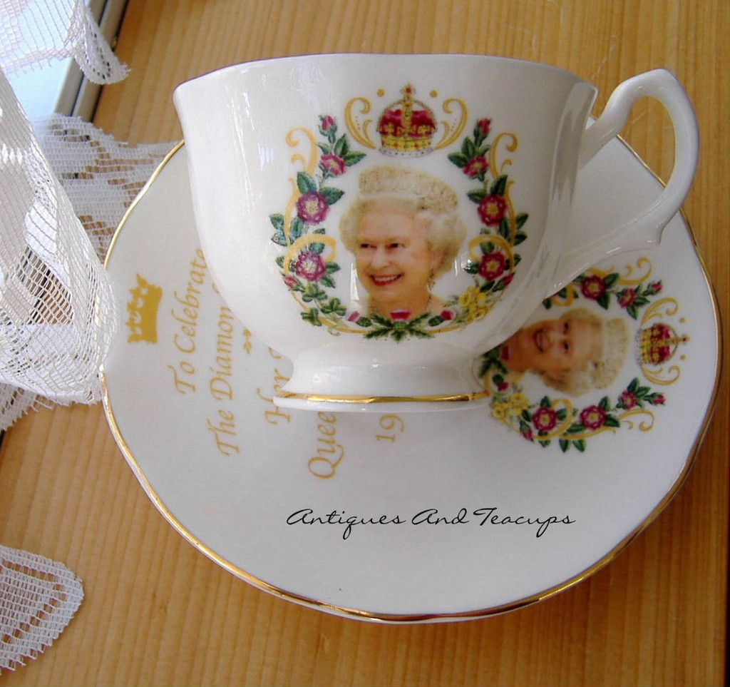 queen elizabeth ii diamond jubilee cup and saucer english bone china 2012 englisches. Black Bedroom Furniture Sets. Home Design Ideas