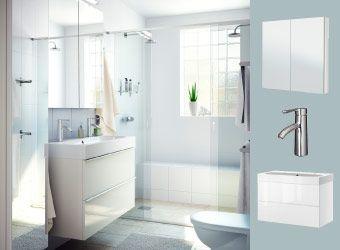 Bagno bianco con mobile a specchio e mobile per lavabo GODMORGON e ...