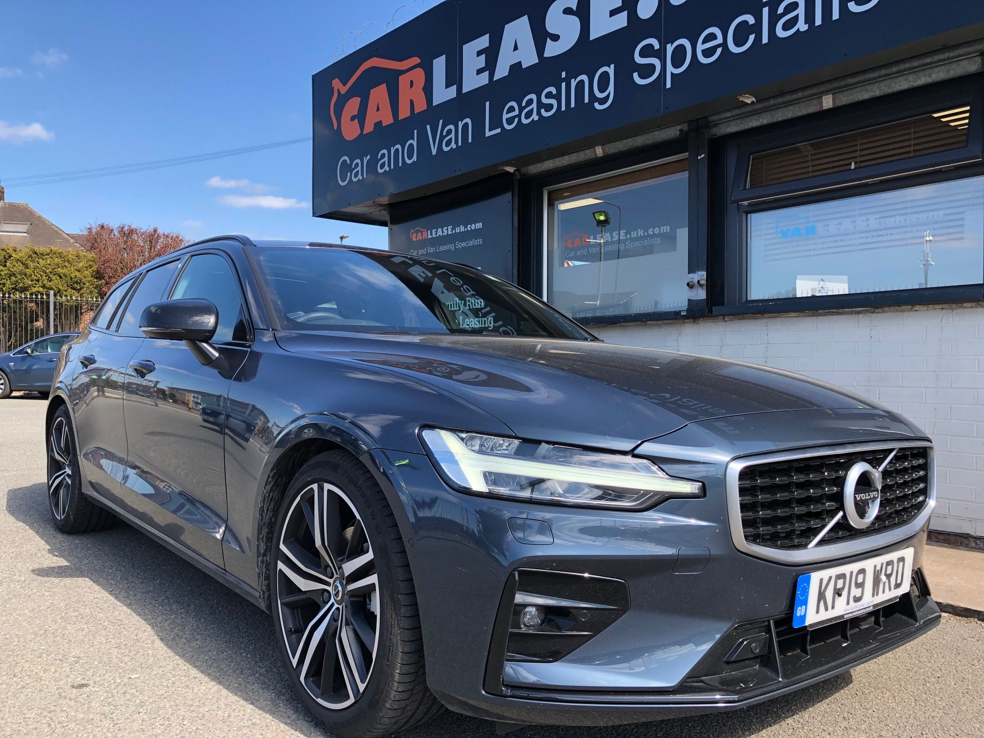 The Volvo V60 Diesel Sportswagon 2 0 D4 190 R Design Pro