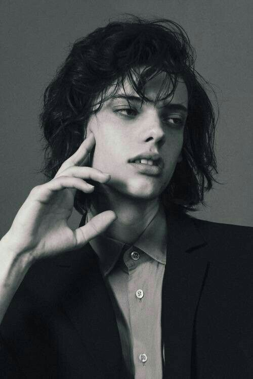 Erin Mommsen #line_of_beauty /LineOfBeauty