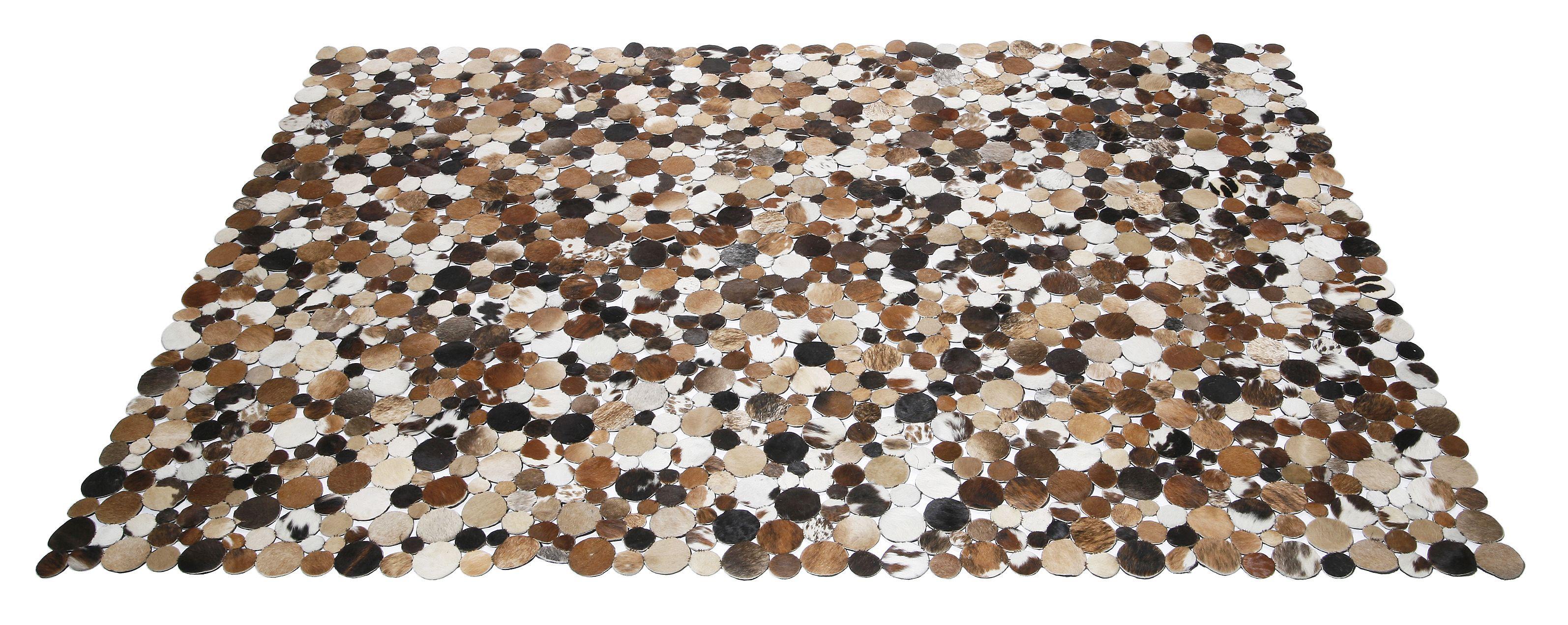 KARE Design Teppich Circle Country 170x240 in verschiedenen Kuhfellmustern und verschiedenen Größen erhältlich, aus Echtleder, mit Kuhfellkreisen und einer Rückseite aus Wildleder. #KARE #KAREDesign
