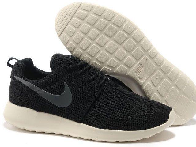baskets pour pas cher 0d870 73750 Nike Roshe Run pour Homme Noir Blanc Grise Mesh Nike Roshe ...