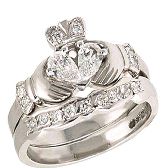 Irish Themed Wedding Ideas And Decorations Claddagh Ring Wedding Wedding Ring Sets Irish Wedding Rings