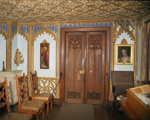 Zimmer in schloss lichtenstein auf der schw bischen alb for Interior auf deutsch