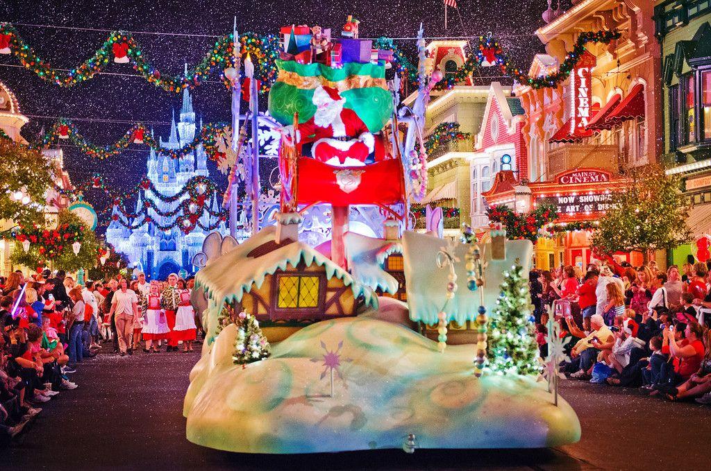 Magic Kingdom Christmas Pinterest Disney stuff