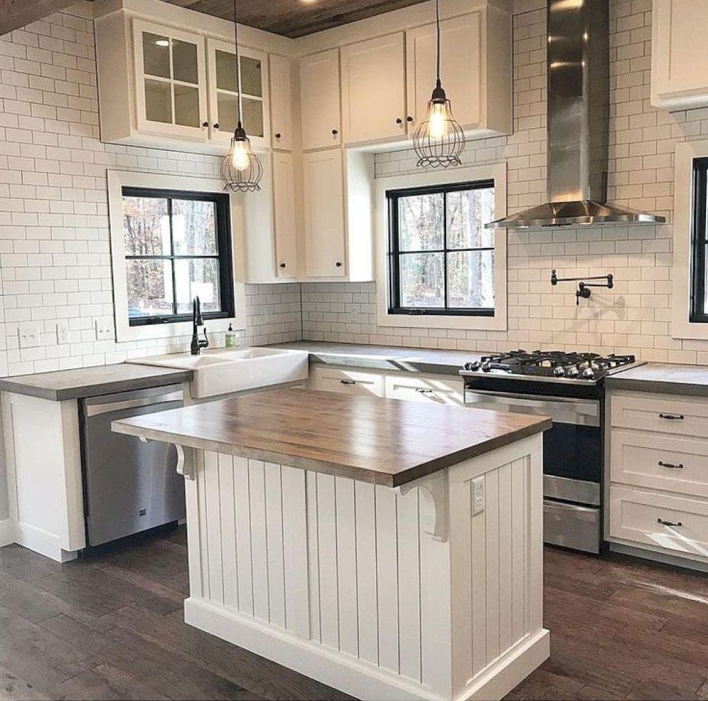 49 gorgeous modern farmhouse kitchen cabinets decor ideas farmhouse kitchen cabinets small on farmhouse kitchen maple cabinets id=14078