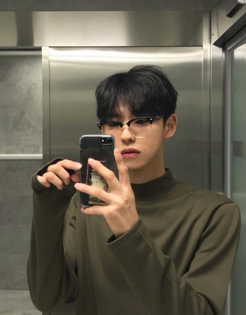 G E O R G I A N A Cute Korean Boys Boys Glasses Korean Aesthetic Round glasses boys glasses cute korean boys aesthetic boy. g e o r g i a n a cute korean boys