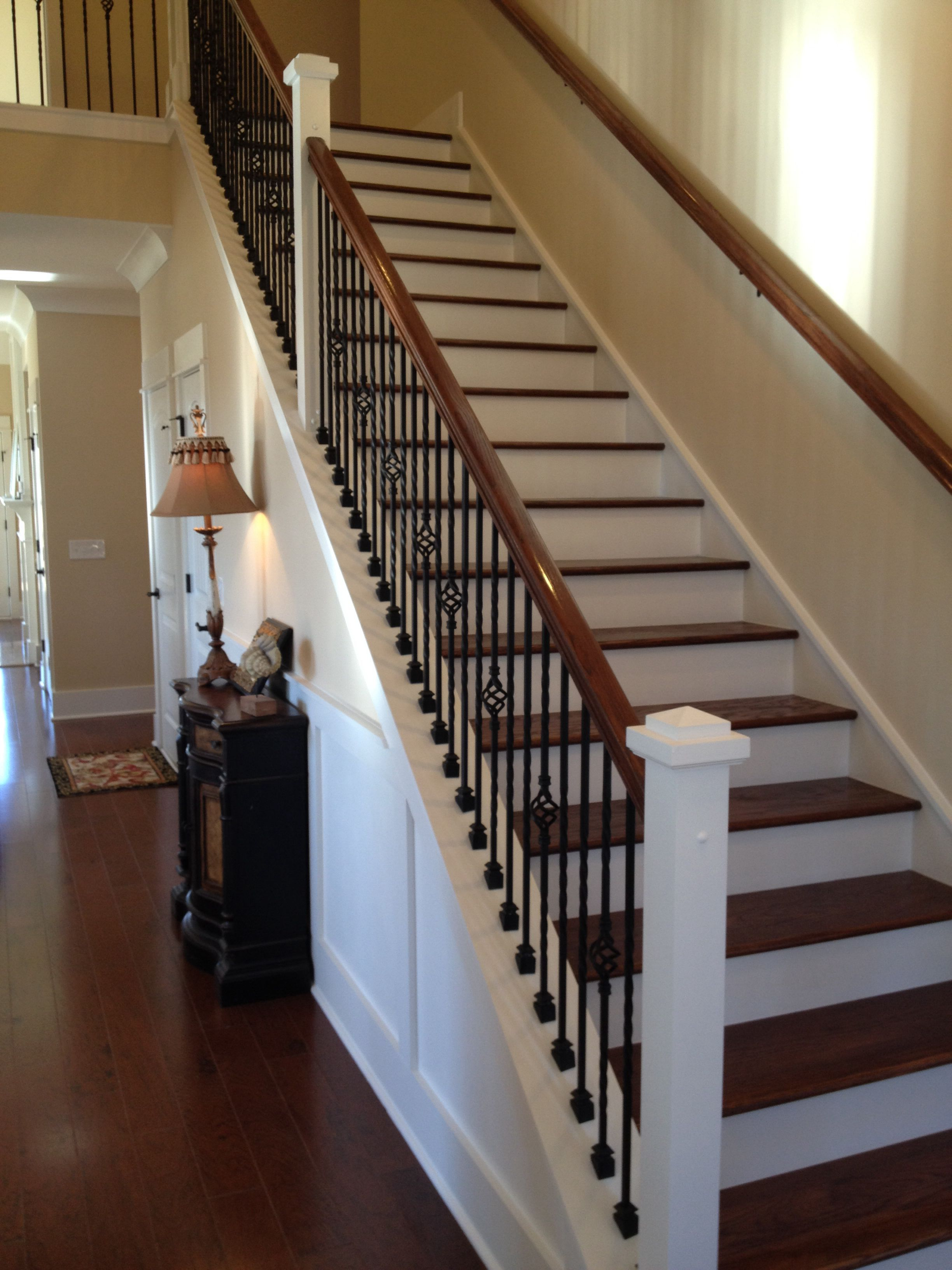 Best Beautiful Staircase House New Homes Hardwood Floor Colors 400 x 300
