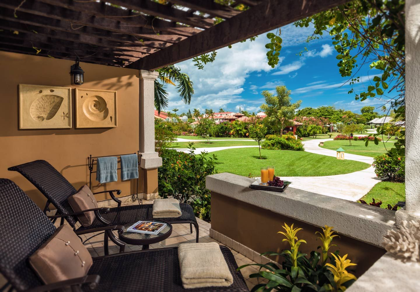 Mediterranean walkout club level suite sandals antigua for Mediterranean all inclusive resorts