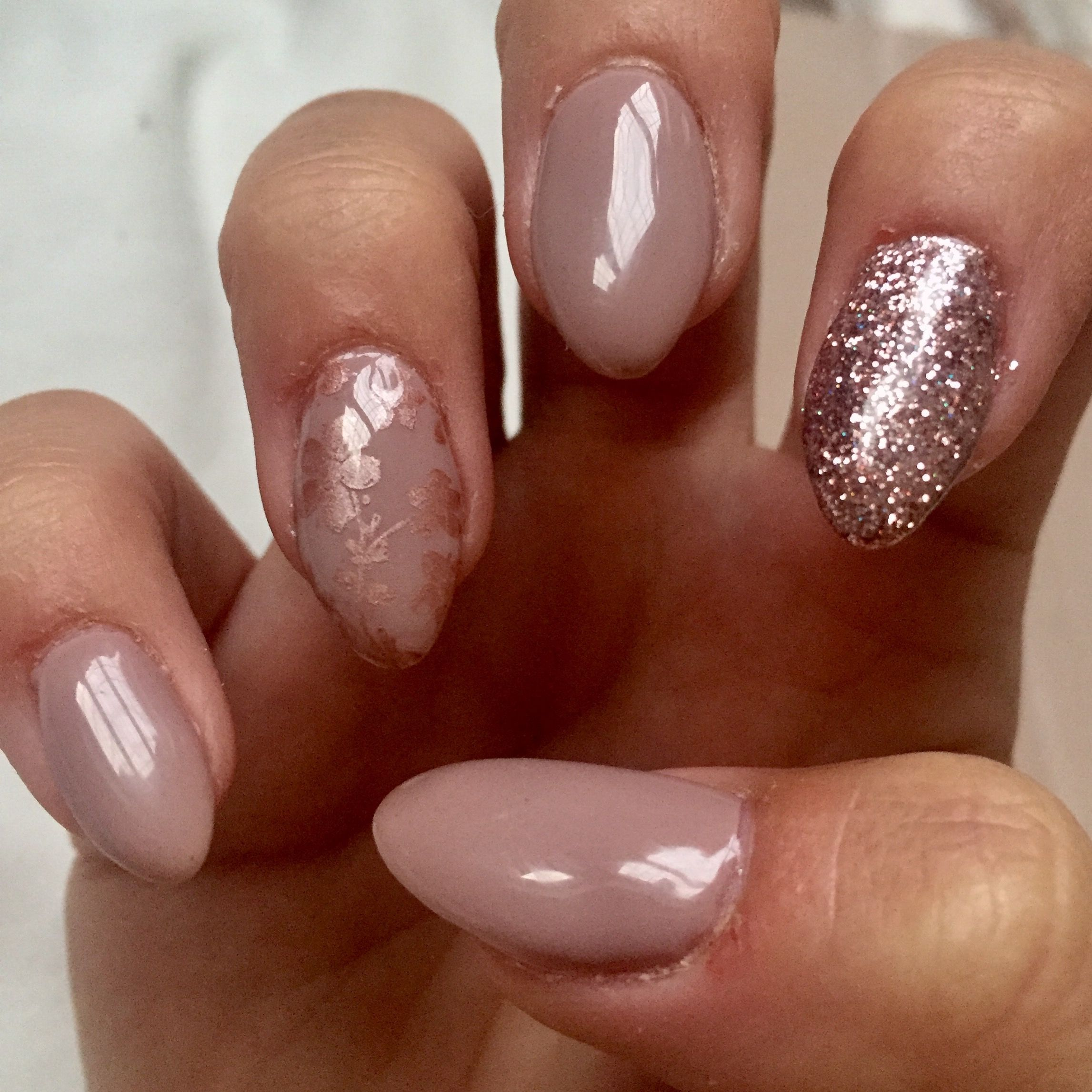 Rose gold and grey gel nails. Wendy glitter and chrome stamping ...
