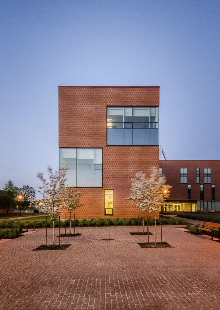Mackay Lyons Sweetapple Architects Limited School Of Nursing At University Of Pei Architect Architecture Lunenburg
