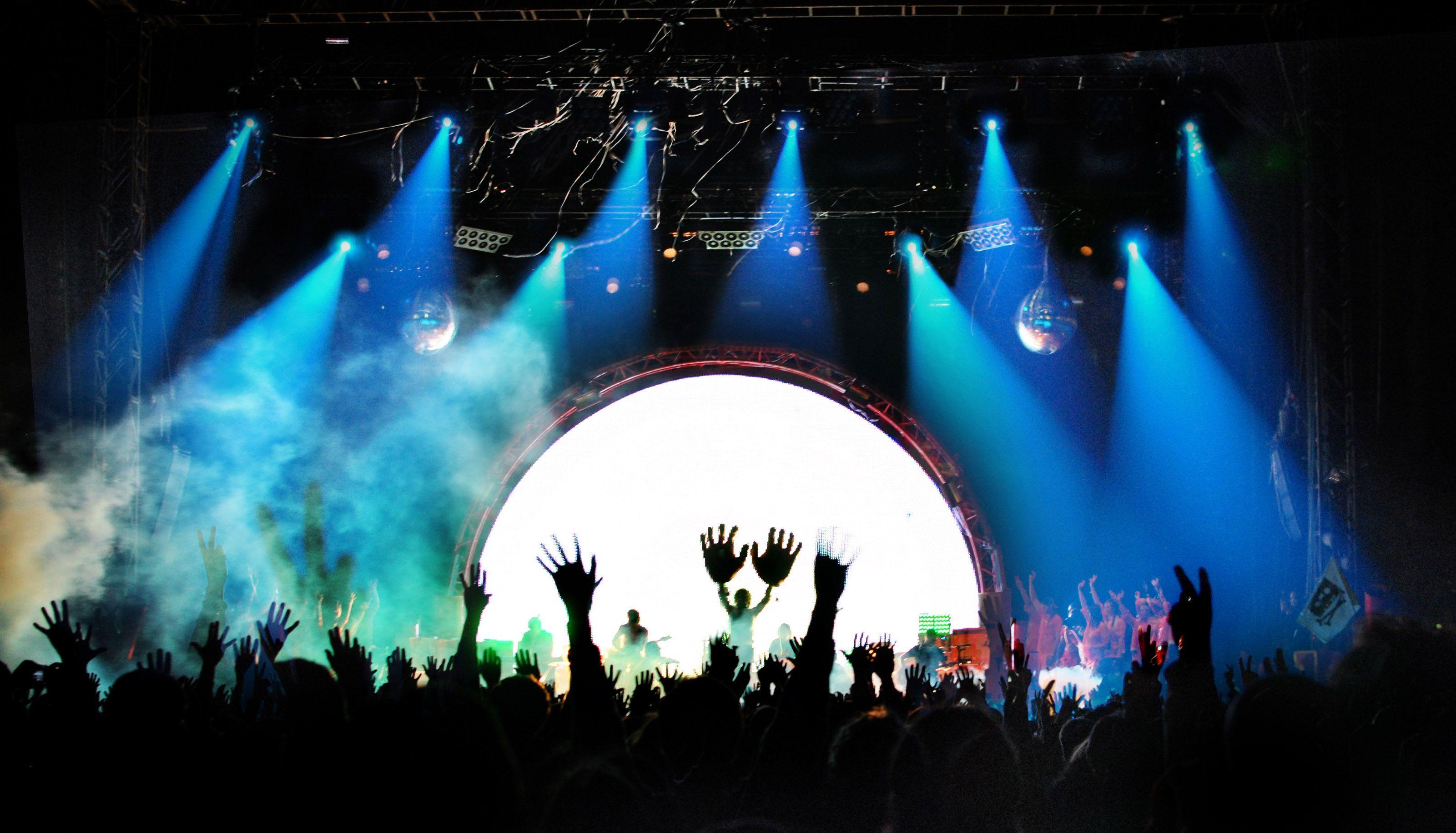 Cet été la France vibre au rythme des festivals musicaux !  #FranceFR #Rendezvousenfrance #Festivals #Musique #Music #Musica #Musik