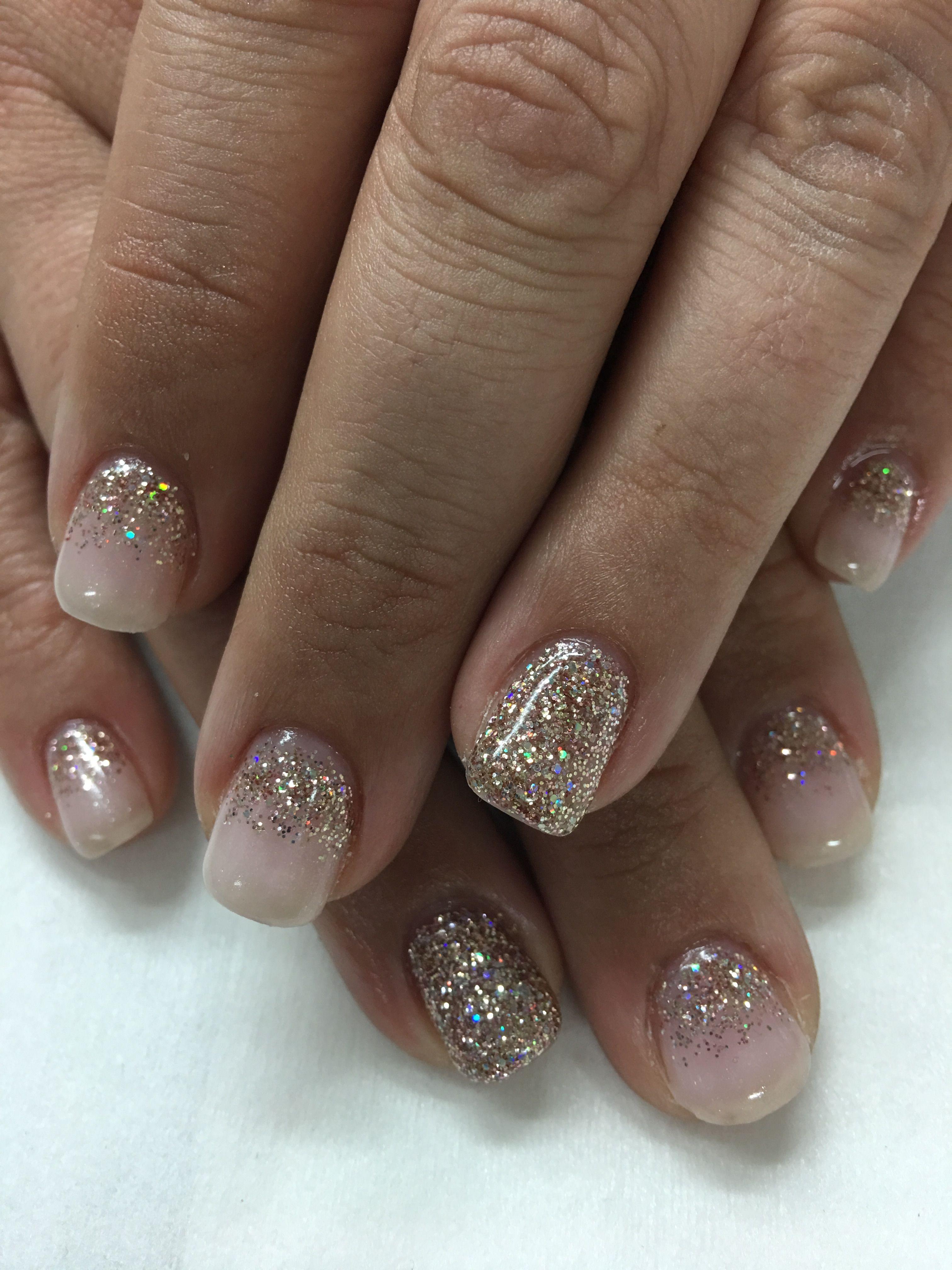 OPI Bubble Bath Light Elegance Champagne Glitter Gel Nails | Gel ...