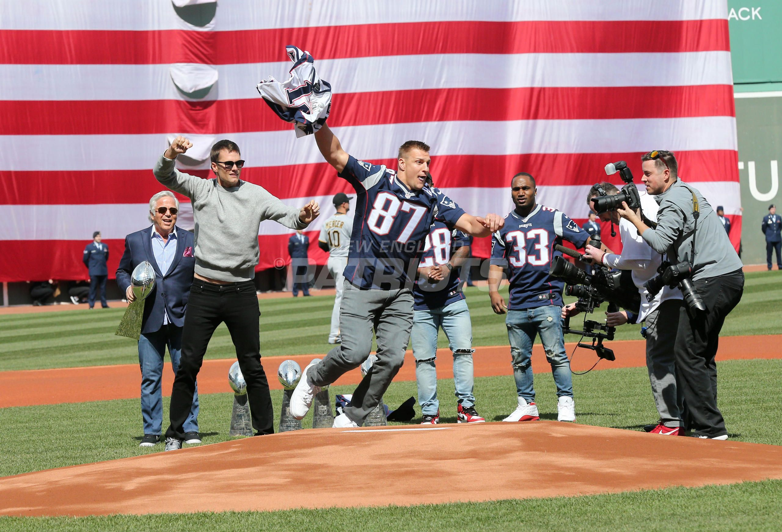Patriots Honored During Red Sox Opening Day Ceremonies At Fenway Park New England Patriots Logo New England Patriots New England Patriots Football