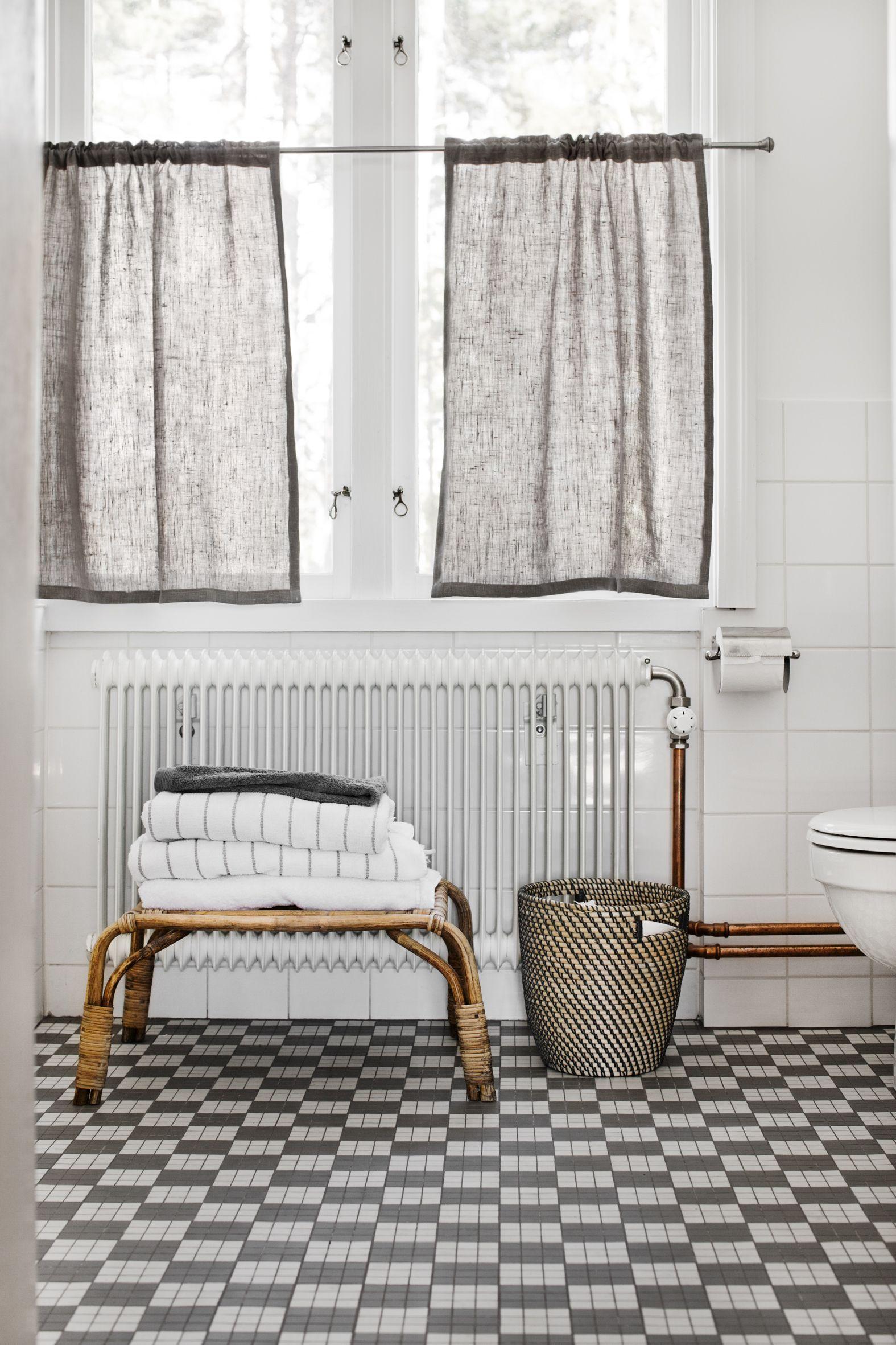 refreshed old bathroom | Bathroom | Pinterest | Bath, Interiors and ...
