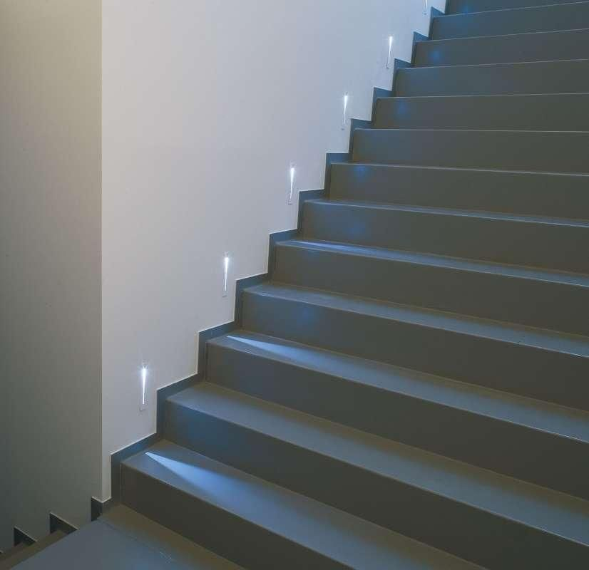 Lighting On Stairs: Deltalight Inlet LED Inbouw Trap: 65€ Pleisterplaat: 14