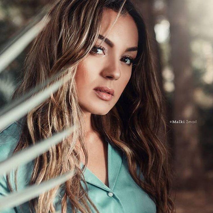 ياسمين عماري Algerienne Yasmineammari الجزائر Oran وهران Thevoice Tf1 Thevoicefrance Long Hair Styles Beauty Hair Styles