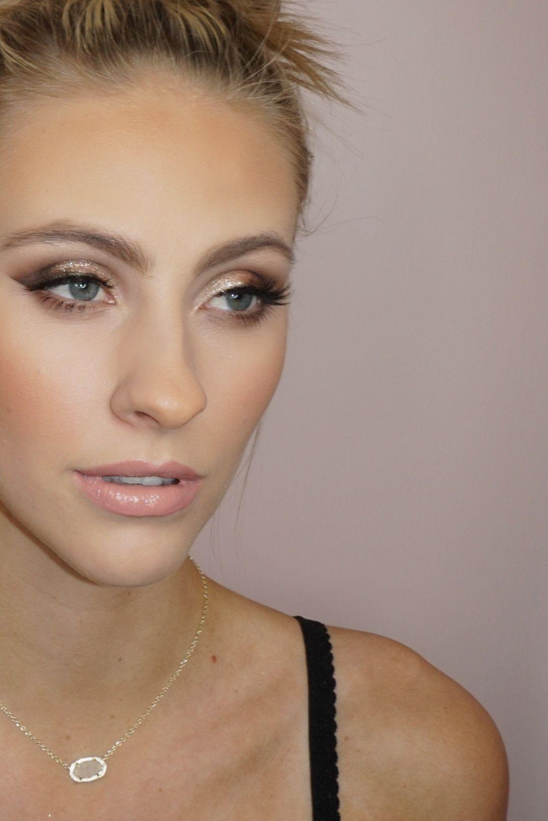Shimmer smoky eye Makeup lessons, Bridal makeup, Makeup