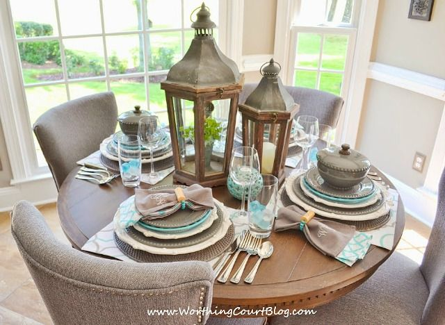 Beautiful And Casual Round Table Setting Round Dining Room Table