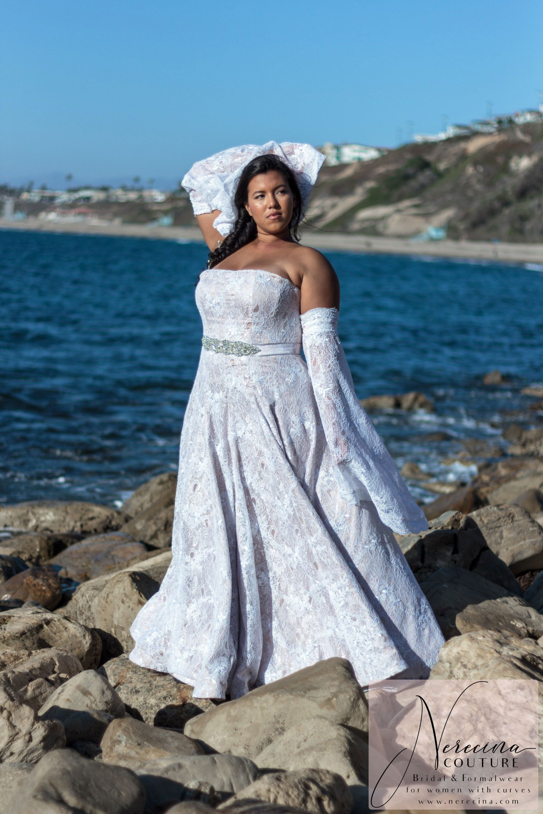 Nerecina Couture Boheme Plus Size Wedding Dress A Lace Strapless Gown With Long Flowin Wedding Gowns With Sleeves Curvy Bride Dress Blue Wedding Dresses [ 2592 x 1728 Pixel ]