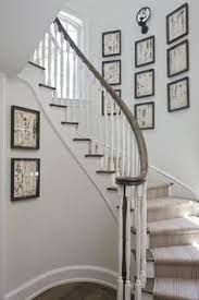 Resultado de imagen de como decorar una subida de escalera - Decorar pared subida escalera ...