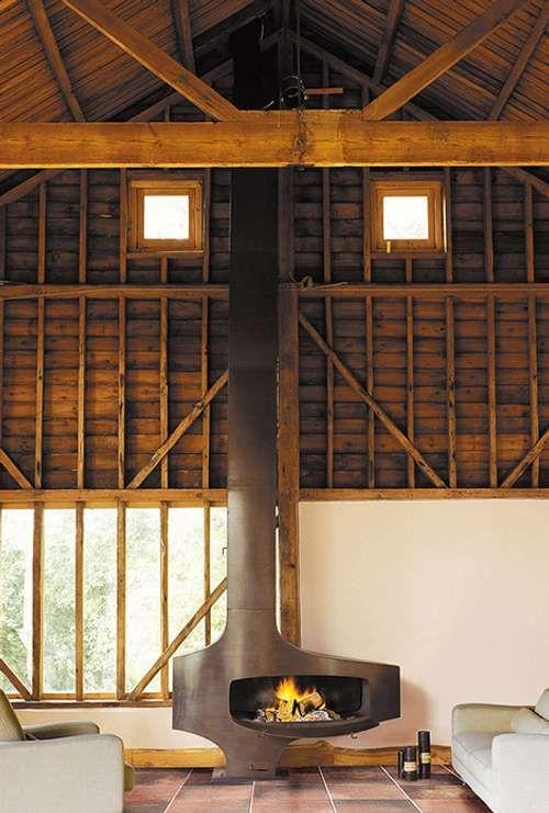 Chimenea de Estilo Industrial Ideal para un Loft