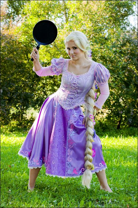 Frying Pan By Watarielle On Deviantart Disney Princess Outfits Disney Dresses Rapunzel Cosplay