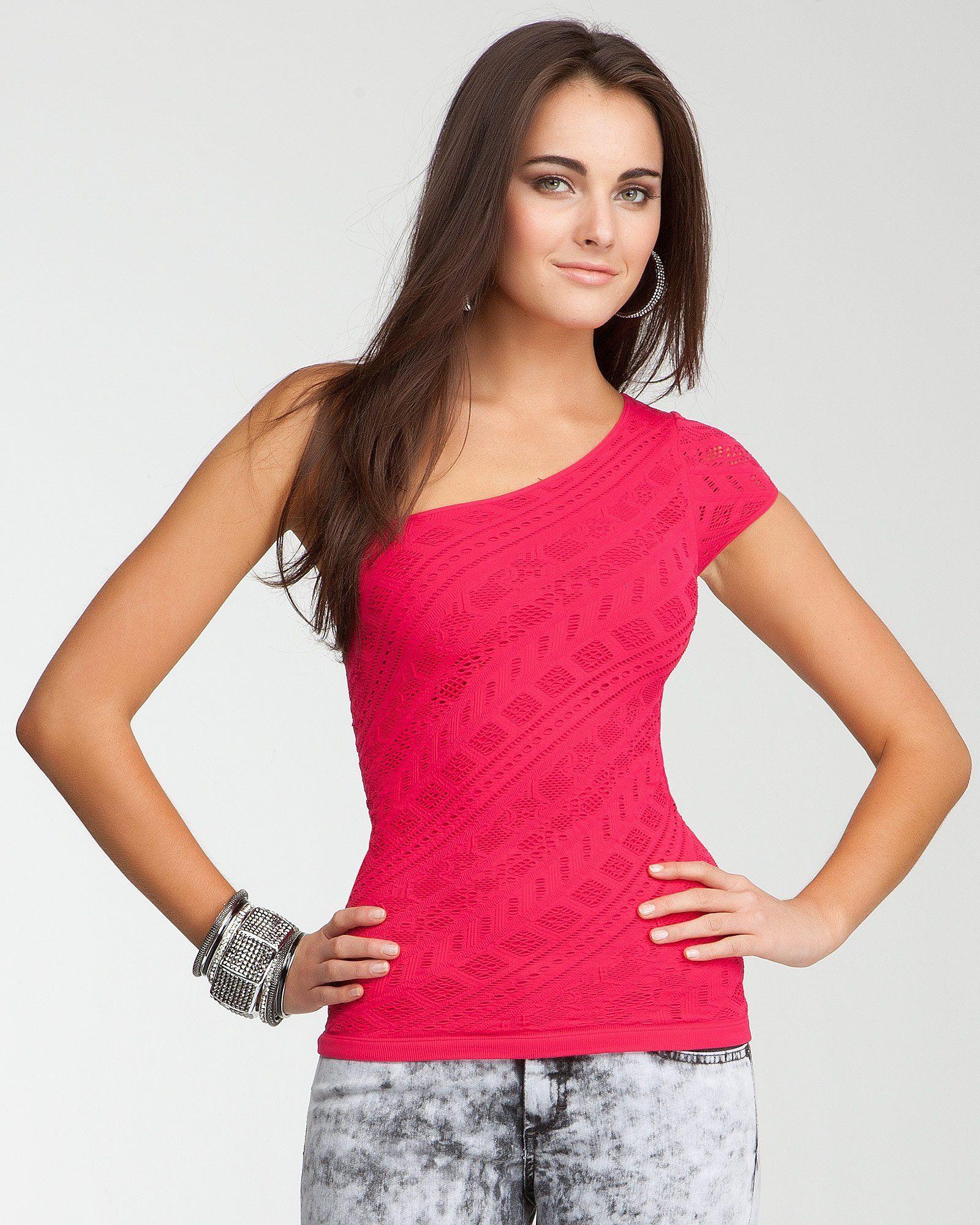 #bebe | One Shoulder Diagonal Stitch Top #asymmetric