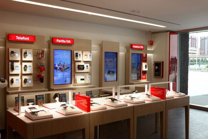 Vodafone Concept Store By Iarchitects Italy Retail Design Blog