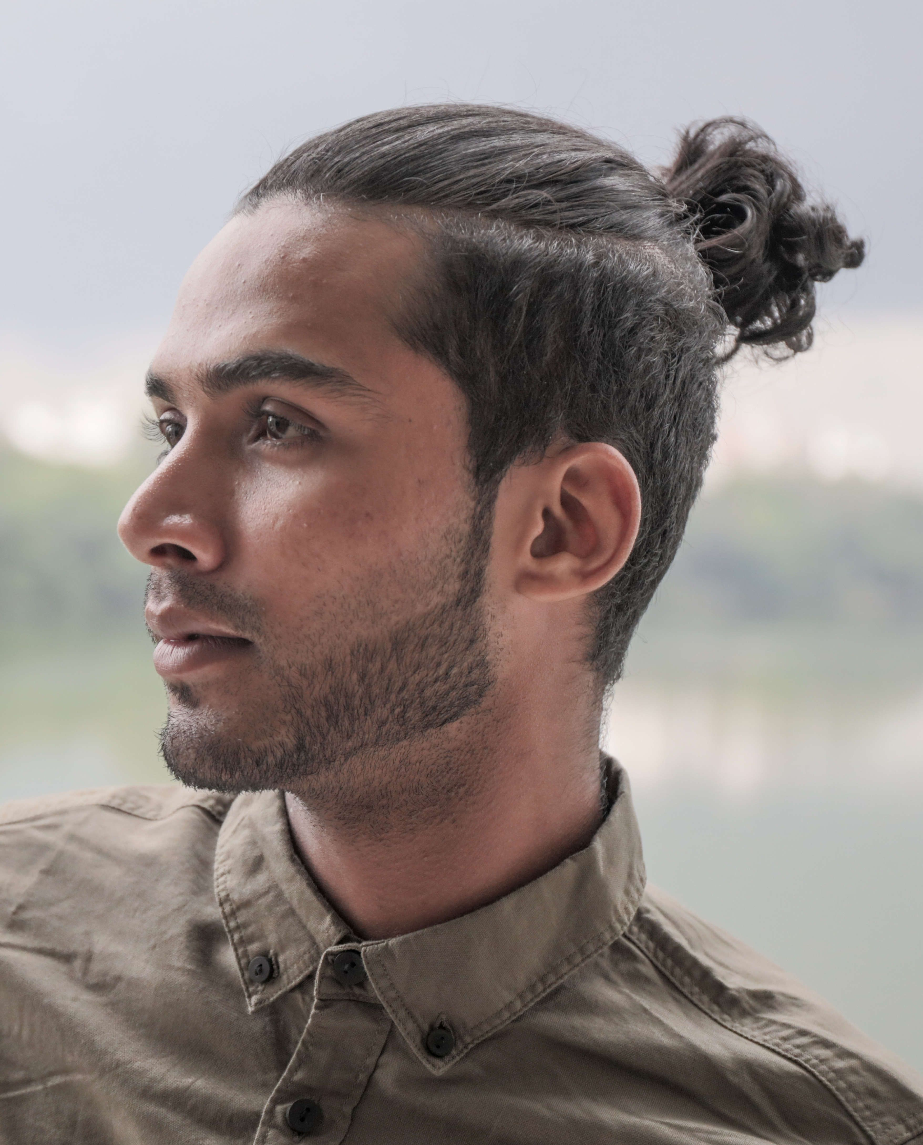 7 Types Of Man Bun Hairstyles Gallery How To Man Bun Hairstyles Man Bun Styles Man Ponytail