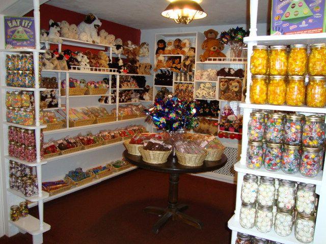 callies candy kitchen poconos my favorite poconos destination as a kid awesome pocono crunch - Callies Candy Kitchen