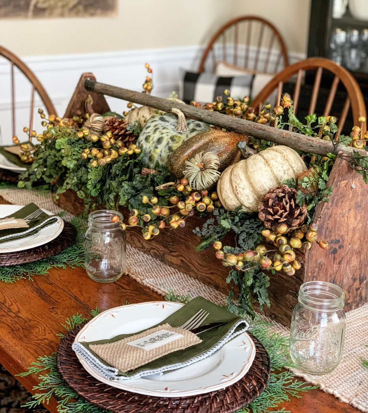 Easy Fall Table Decor Ideas Stacy Ling Rustic Fall Centerpieces Fall Table Decor Thanksgiving Dining Table Decor