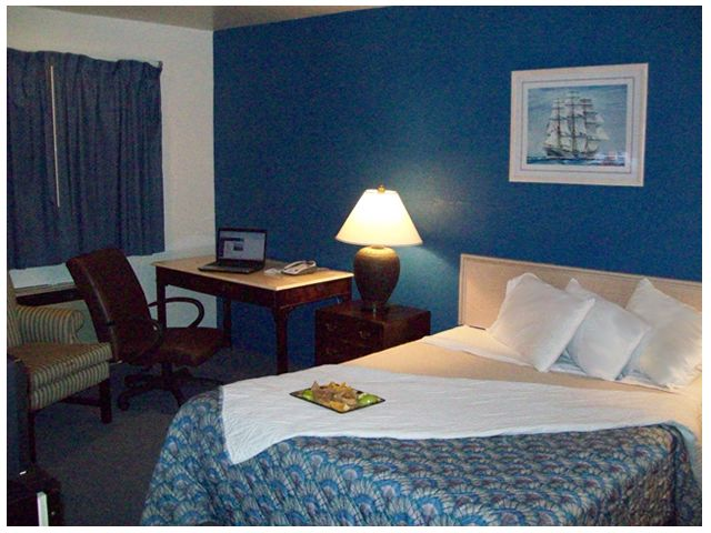 The Passport Inn Suites In Kemah Has A Variety Of Room Types And