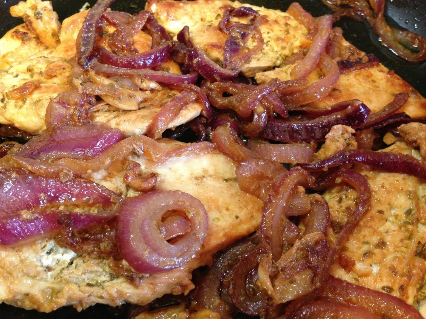 Pollo encebollado puerto rican chicken sauted onions recipe pollo encebollado puerto rican chicken sauted onions recipe ecorico forumfinder Image collections