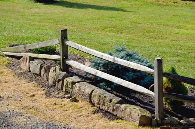 27 Elegant Picture Garden Border Fence Wood for Plant Protect is part of garden Edging Fence - Elegant Picture Garden Border Fence Wood for Plant Protect  Grass and also garden bordering suggestions can be anything as long as