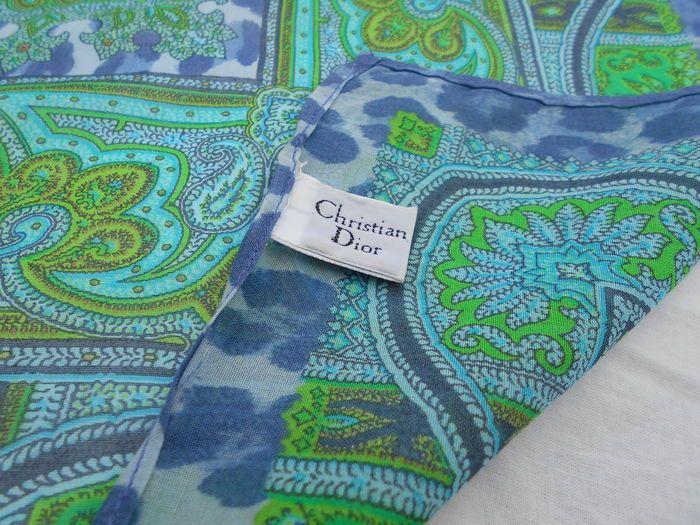 e08e0a3092d4 Christian Dior – foulard   Scarves   Pinterest   Christian dior and Dior