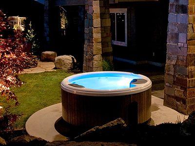 Rocketship Industrial Design Lyka Launch Smart Phone Stand Round Hot Tub Hot Tub Spa Hot Tubs