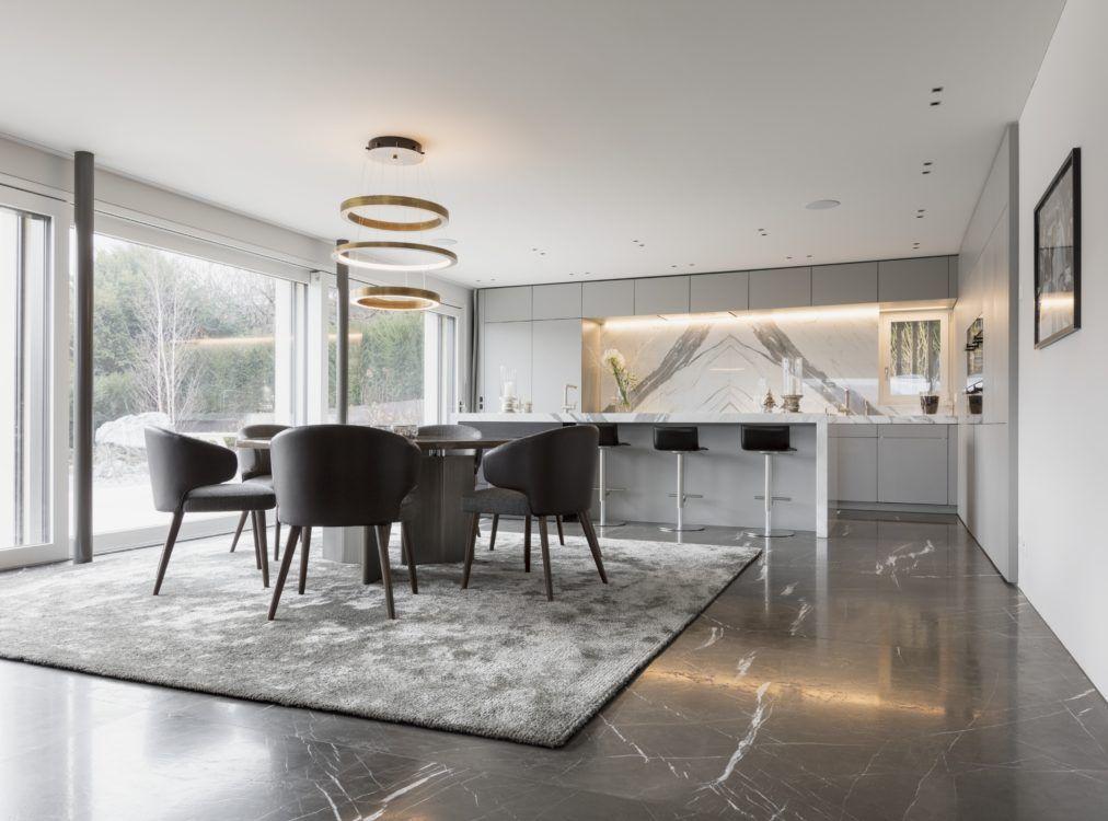 In der Luxus Küche mit Kochinsel wurde der Marmor Statuario Venato - luxus kche mit kochinsel
