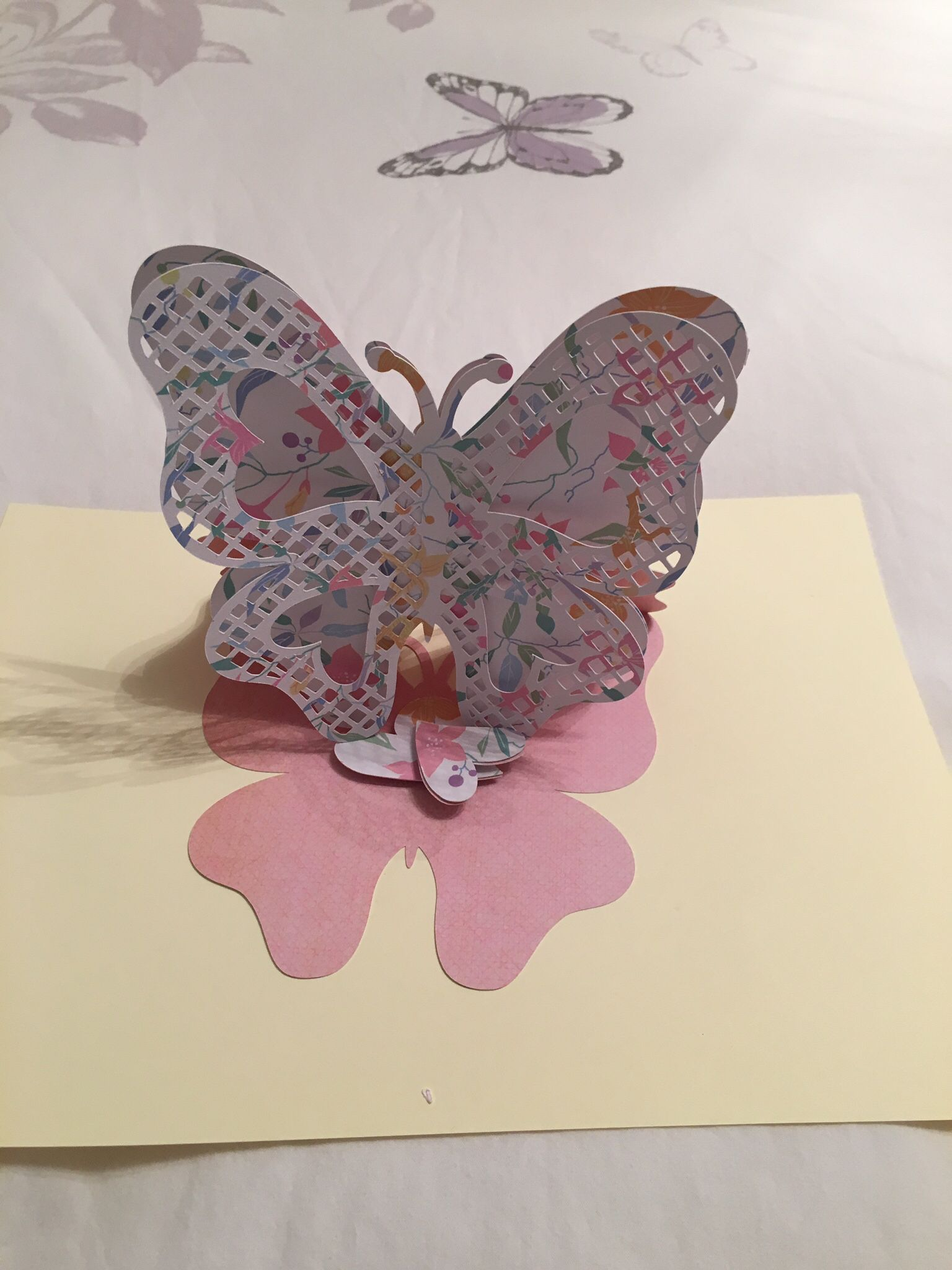 Easel card - Cut out Butterfly