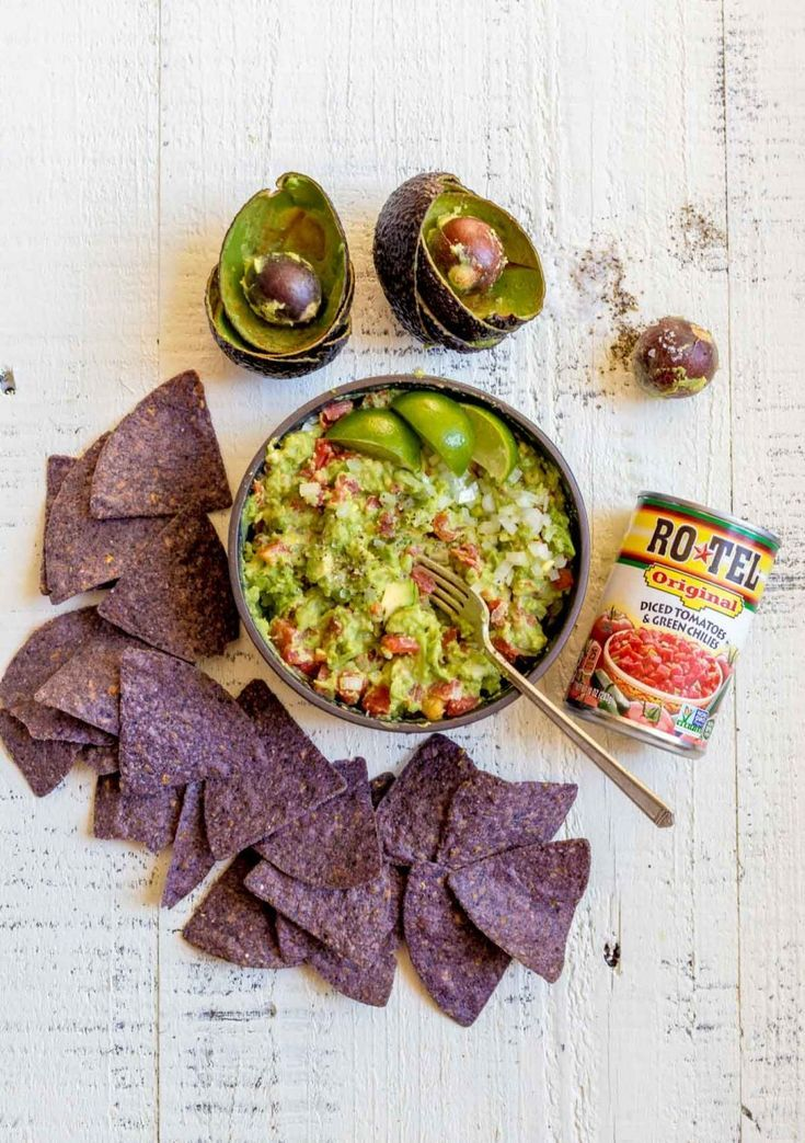 Guacamole Halloween Appetizers GUACAMOLE RECIPE: These party dips are the perfect ideas for your up