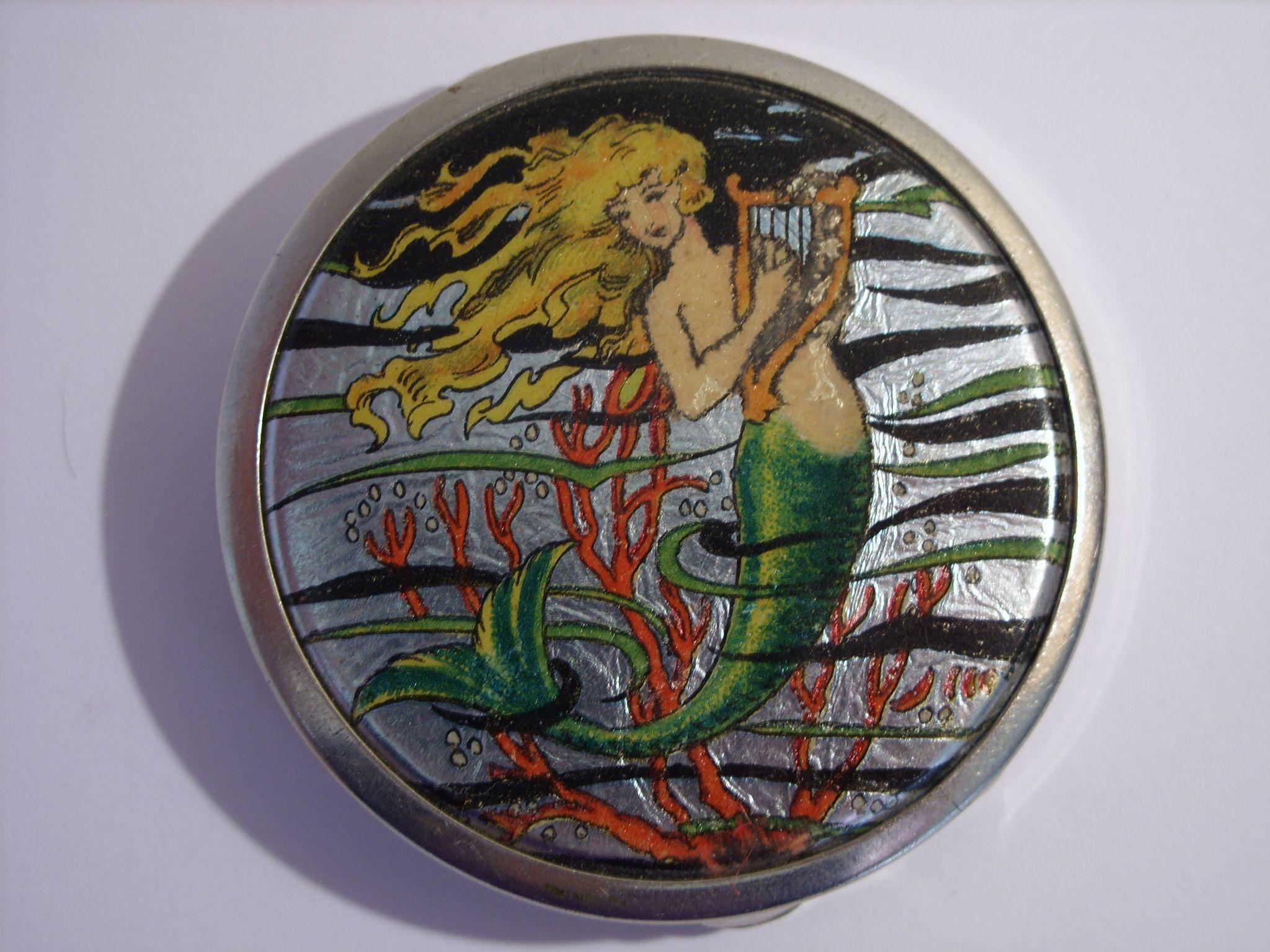 Art deco Stratnoid (early Stratton) foil mermaid powder compact.