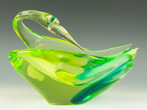 1960s Vintage Murano Glass - Antonio da Ros for Cenedese Sommerso Vaseline/Uranium Glass Bird Bowl/Sculpture
