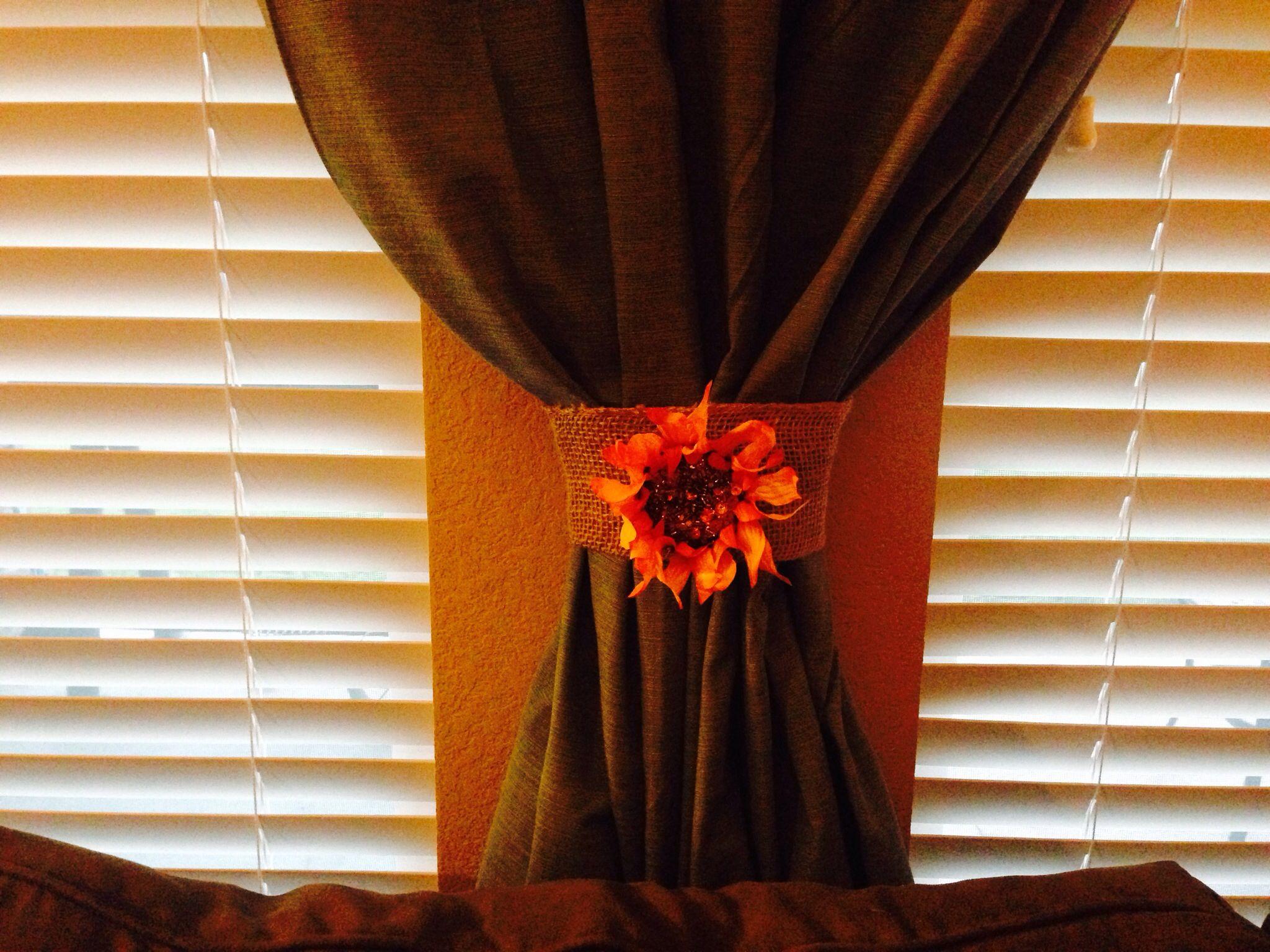 Burlap curtain holder